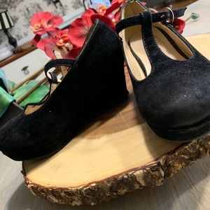 QQ Girl T-Strap Wedge Heels (Girls)